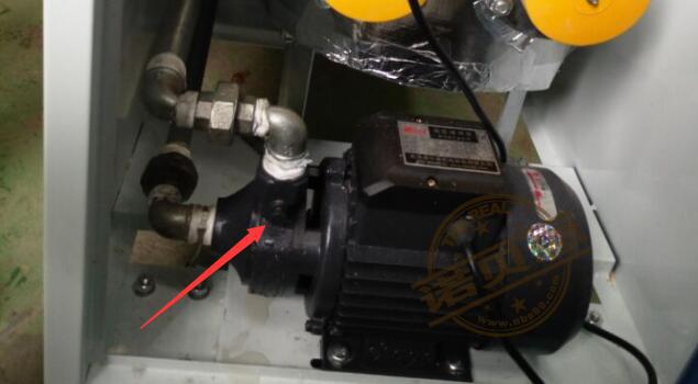 水泵排空气
